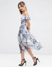 Темно-синее платье миди из органзы в цветочек с открытыми плечами ASOS