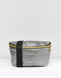 Серебристая фактурная сумка-кошелек на пояс Mi-Pac