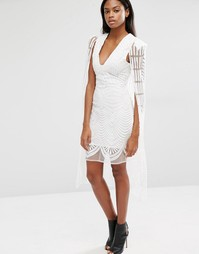Сетчатое платье мини с вышивкой и и кейпом макси Lavish Alice - Белый