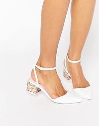 Туфли на каблуке с заостренным носком и отделкой ASOS STARDOM - Белый