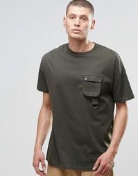 Oversize-футболка с карманом в стиле милитари с пряжкой ASOS