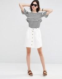 Бежевая короткая расклешенная джинсовая юбка на пуговицах ASOS - Белый