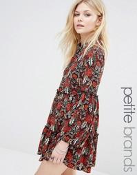 Приталенное платье с цветочным принтом Glamorous Petite - Мульти