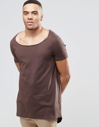 Длинная футболка с разрезом сзади ASOS - Черный кофе