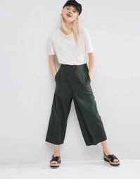 Фактурные укороченные брюки с широкими штанинами и запахом ASOS - Хаки