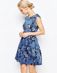 Платье в джинсовом стиле с завязкой сзади и цветочным принтом Closet