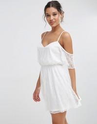 Кружевное приталенное платье мини с рукавами-бабочка ASOS - Белый