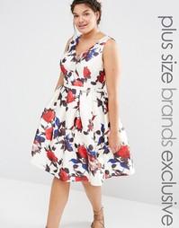 Платье для выпускного с цветочным принтом Chi Chi London Plus - Мульти