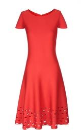 Приталенное платье с перфорацией St. John