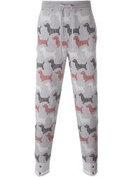 спортивные брюки с принтом собак Thom Browne