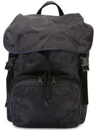 рюкзак с камуфляжным принтом  Valentino Garavani