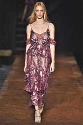 Шелковое платье Justina Erdem