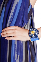 Массивный браслет с цветком Oscar de la Renta