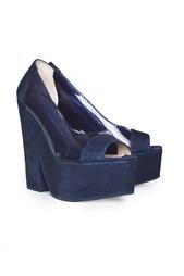 Замшевые туфли с открытым носом Carven