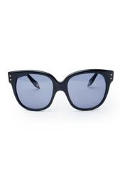 Солнцезащитные очки в черной оправе Victoria Beckham
