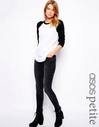 Выбеленно-черные зауженные джинсы с заниженной талией ASOS PETITE Whit