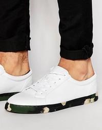 Белые кроссовки цвета хаки с камуфляжной подошвой ASOS - Белый