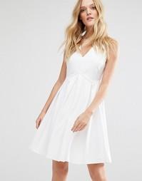 Платье с юбкой в складку Y.A.S Unia - Снежно-белый
