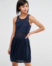 Платье с заниженной талией и вышивкой Vero Moda - Темно-синий
