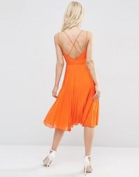 Платье миди на бретельках с плиссированной юбкой ASOS - Оранжевый