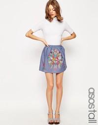 Мини-юбка из шамбре с яркой вышивкой ASOS TALL - Синий