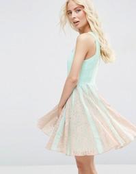 Приталенное платье с кружевными вставками ASOS - Нежная мята