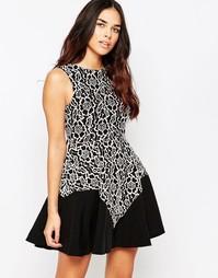 Кружевное короткое приталенное платье с контрастной кромкой Hedonia Gi