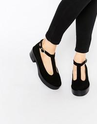 Замшевые сандалии с Т-образным ремешком на среднем каблуке и платформе Park Lane