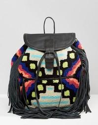 Рюкзак с отделкой под ковер и кисточками Cleobella Cornel - Черный