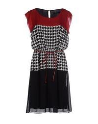 Платье до колена Rinascimento