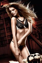 Бюстгальтер Baci-Lingerie Black Label Collection
