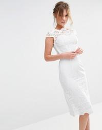 Кружевное платье-футляр миди Chi Chi London Premium - White tonal