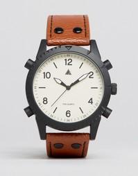 Часы с отделкой винтиками и кожаным ремешком ASOS - Коричневый