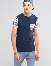 Темно-синяя облегающая футболка с ацтекским принтом на кармане и рукав Asos