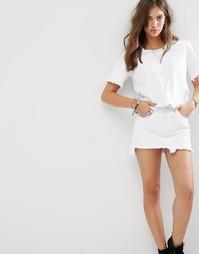 Джинсовая футболка с бахромой Boohoo - Белый