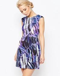 Платье с принтом и V-образным вырезом сзади Closet - Мульти
