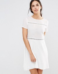 Свободное платье с кружевными вставками Daisy Street - Белый