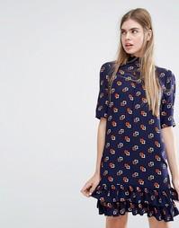 Платье с заниженной талией и принтом Baum und Pferdgarten Alba