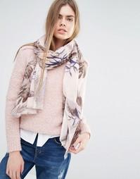 Пастельно-розовый шарф с лиственным принтом Becksondergaard