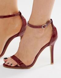 Бордовые лакированные босоножки на каблуке Glamorous
