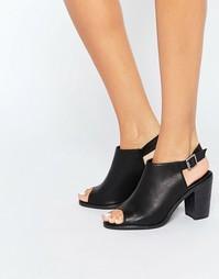 Черные сандалии на каблуке с открытой пяткой Glamorous - Black perf