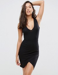 Платье мини с асимметричной кромкой и V-образным вырезом ASOS - Черный