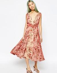 Платье миди для выпускного с цветочным принтом и эффектом омбре ASOS