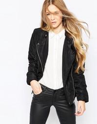 Короткая уплотненная куртка с асимметричной молнией Vero Moda - Черный