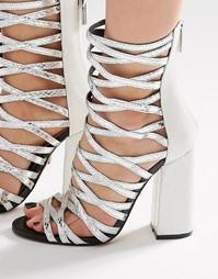 Серебристые сандалии‑гладиаторы на каблуке Carvela Goddess