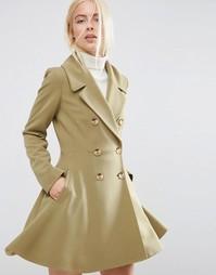 Приталенное пальто с большим воротником ASOS - Оливковый