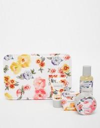Косметический набор для ухода за телом Vintage & Co Patterns & Petals Beauty Extras