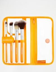 Набор из 4 макияжных кистей Models Own - Набор макияжных кистей