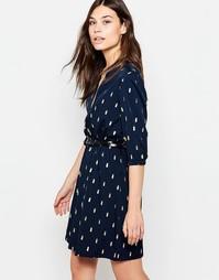 Платье с поясом, рукавами 3/4 и блестящим принтом кактусов Yumi