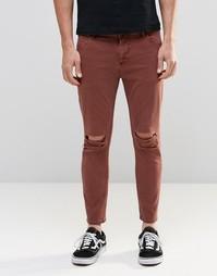 Укороченные джинсы скинни цвета ржавчины с рваными коленками ASOS